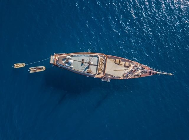 10 luxe liveaboards for insane diving vacays
