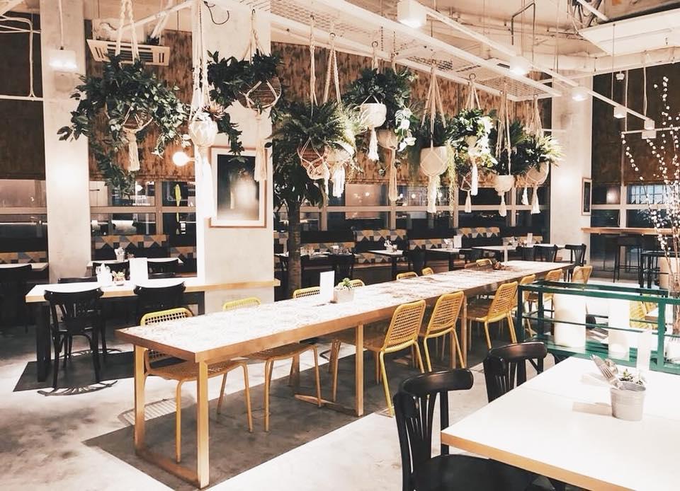 Plentyfull Best Cafe Singapore