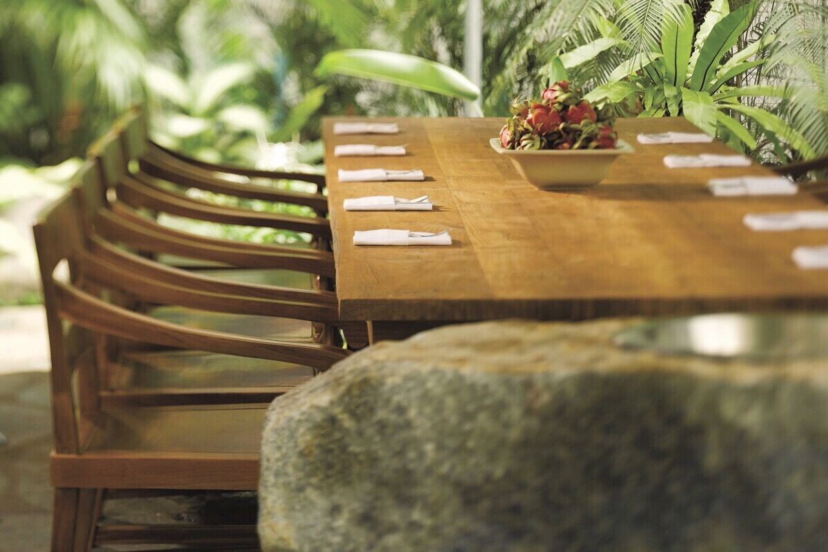Oasis At The Grand Hyatt Poolside Bbq At Its Finest Urban Journey