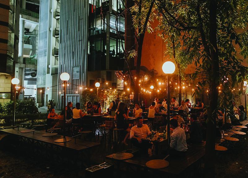 The Black Swan Organic Wine Singapore